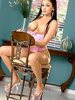 Audrey Bitoni - A Twinkle in Her Eye